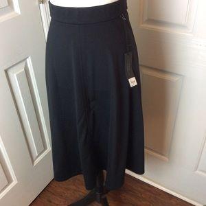 Lane Bryant pointe knit skirt